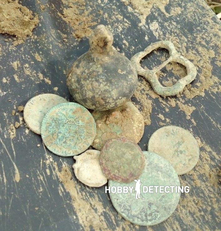 Fisher_F44_set_of_roman_medieval_coins
