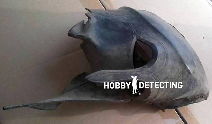Древнегреческий шлем Гоплита найден металлодетектор Garrett ACE 250