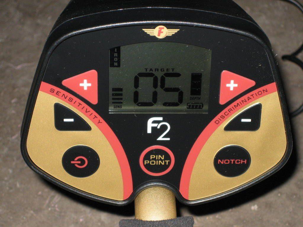 Металлодетектор Fisher F2 шкала VDI