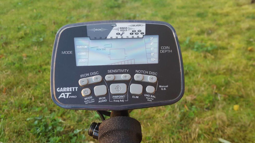 Garrett AT PRO или Minelab X-Terra 705 сравнение металлодетекторов металлоискателей что лучше взять на коп