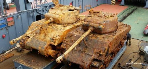 "Поднятые танки Шерман с судна ""Томас Дональдсон"" (фото, видео+)"