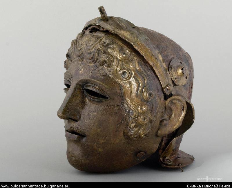 Фракийские шлемы - произведения искусства! (Находки+)