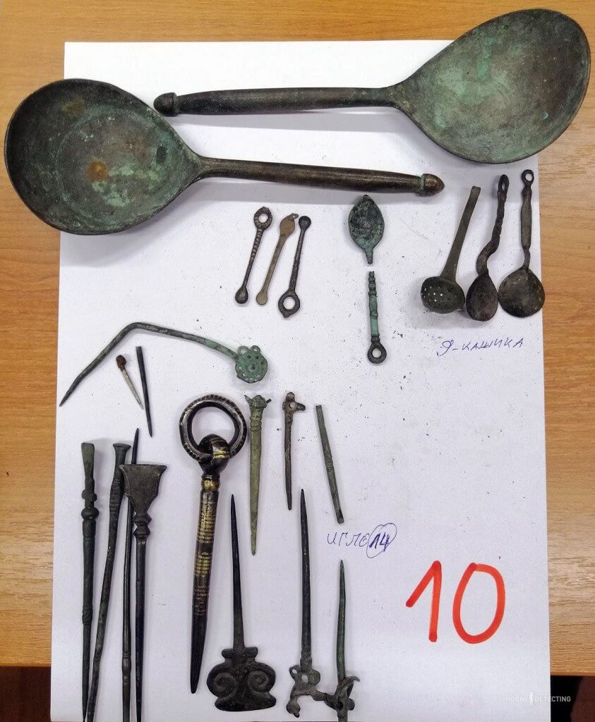kollektsiyu-arheologicheskih-predmetov
