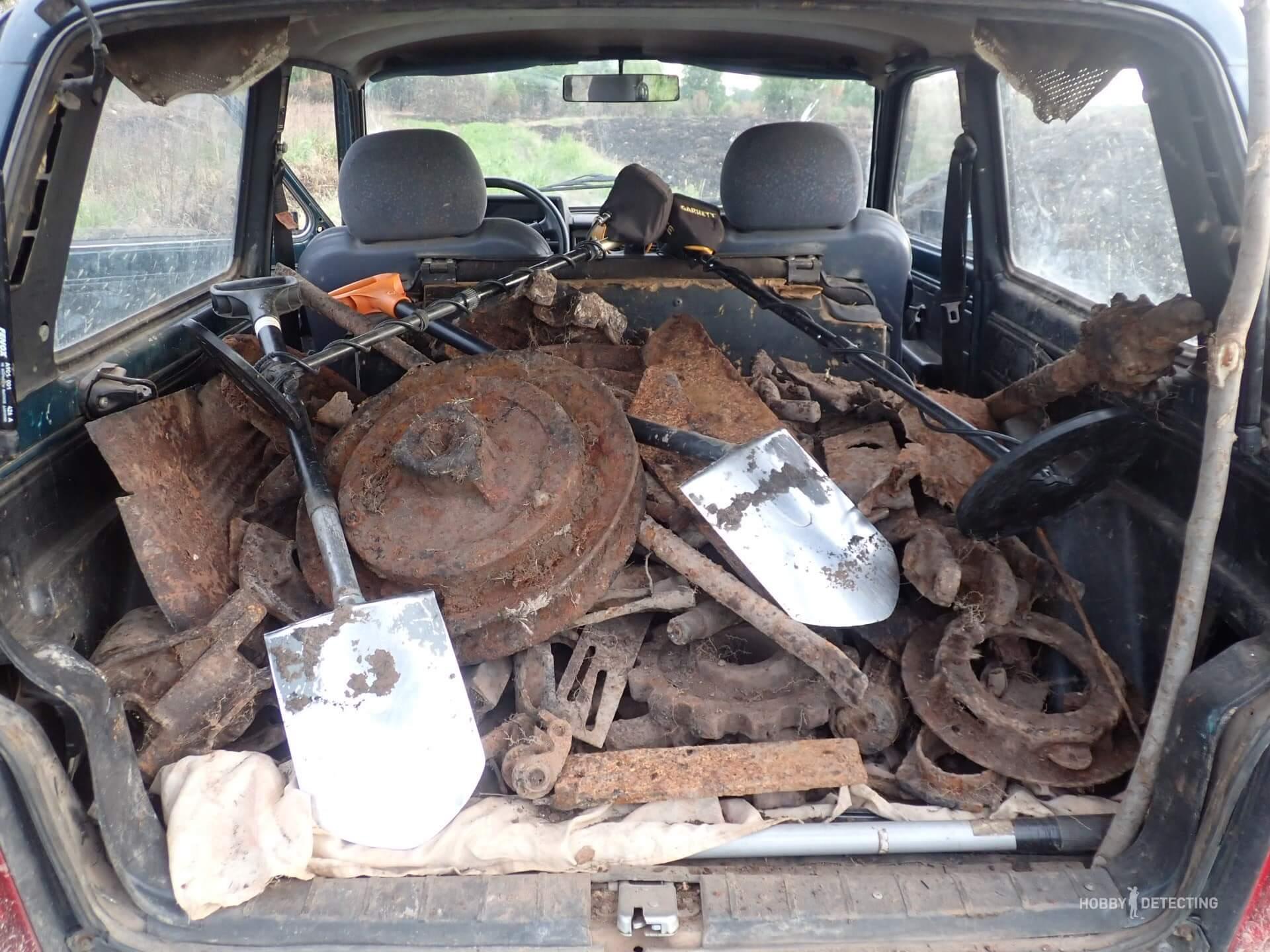 Как с выбитого, перевыбитого, многократно довыбитого места мы с камрадом вывезли три тонны металлолома?